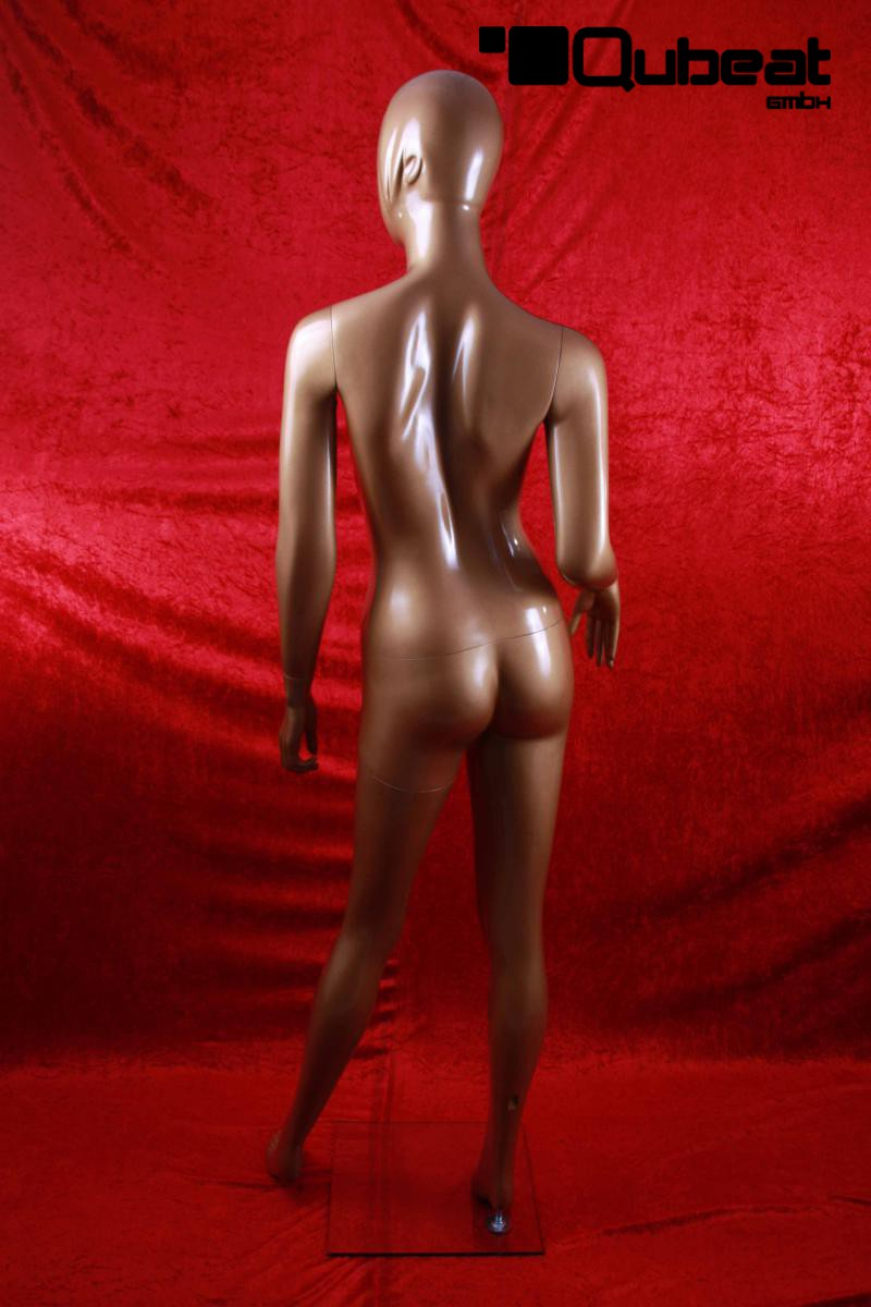 Weibliche-Schaufensterpuppe-faceless-bronze-Mannequin